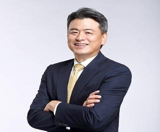 【名人談轉職】尤昭文從海外證券交易員一路做到董事長